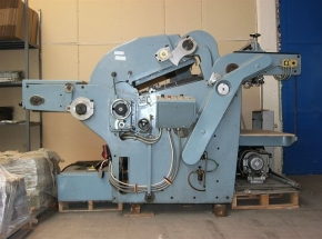 UNICUTTER  die cutter with automatic loader